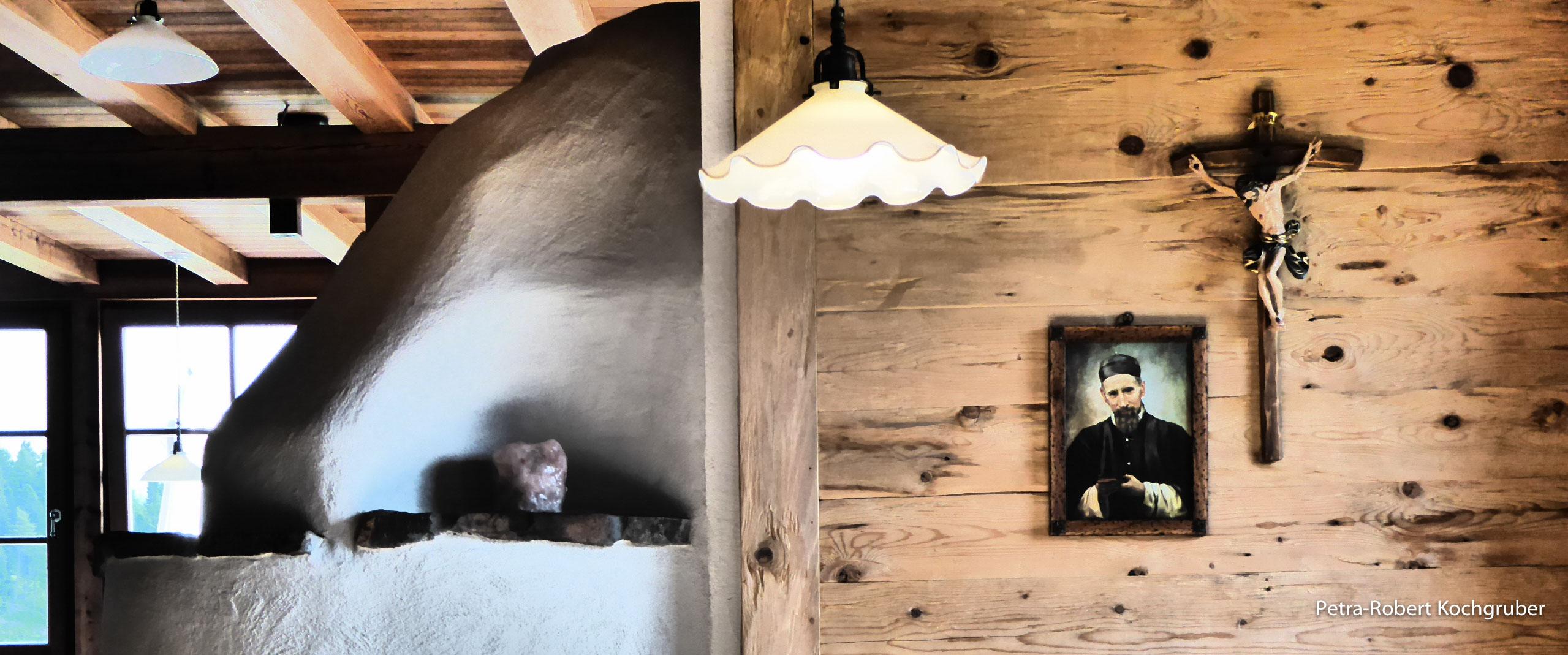 kreuzwiesenalm-gaststube-herrgottswinkel-muenchen-venedig-zu-fuss-mit-hund