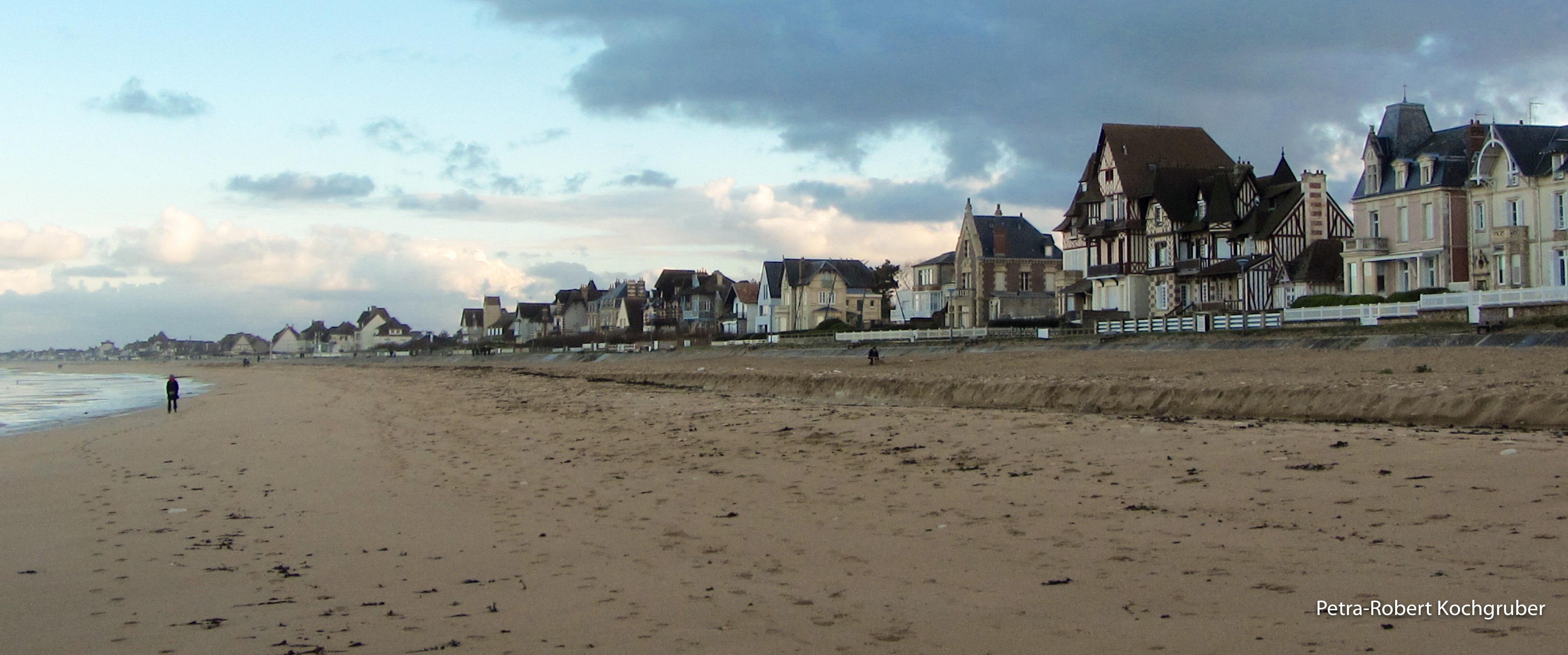 lion-sur-mer-strand-wohnmobil-in-der-normandie
