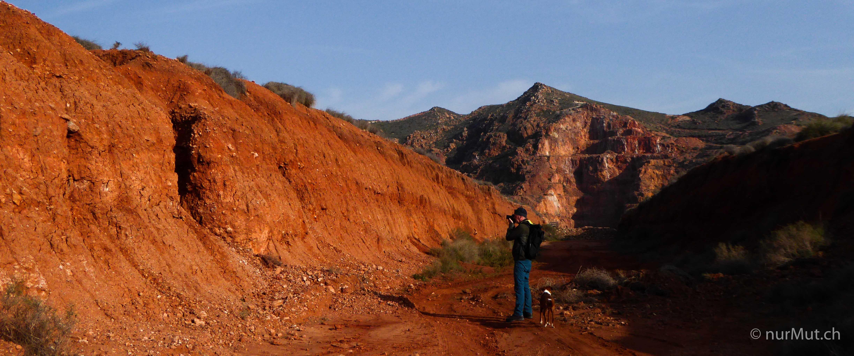 das-unbekannte-spanien-rodalquilar-goldmine-rote-erde