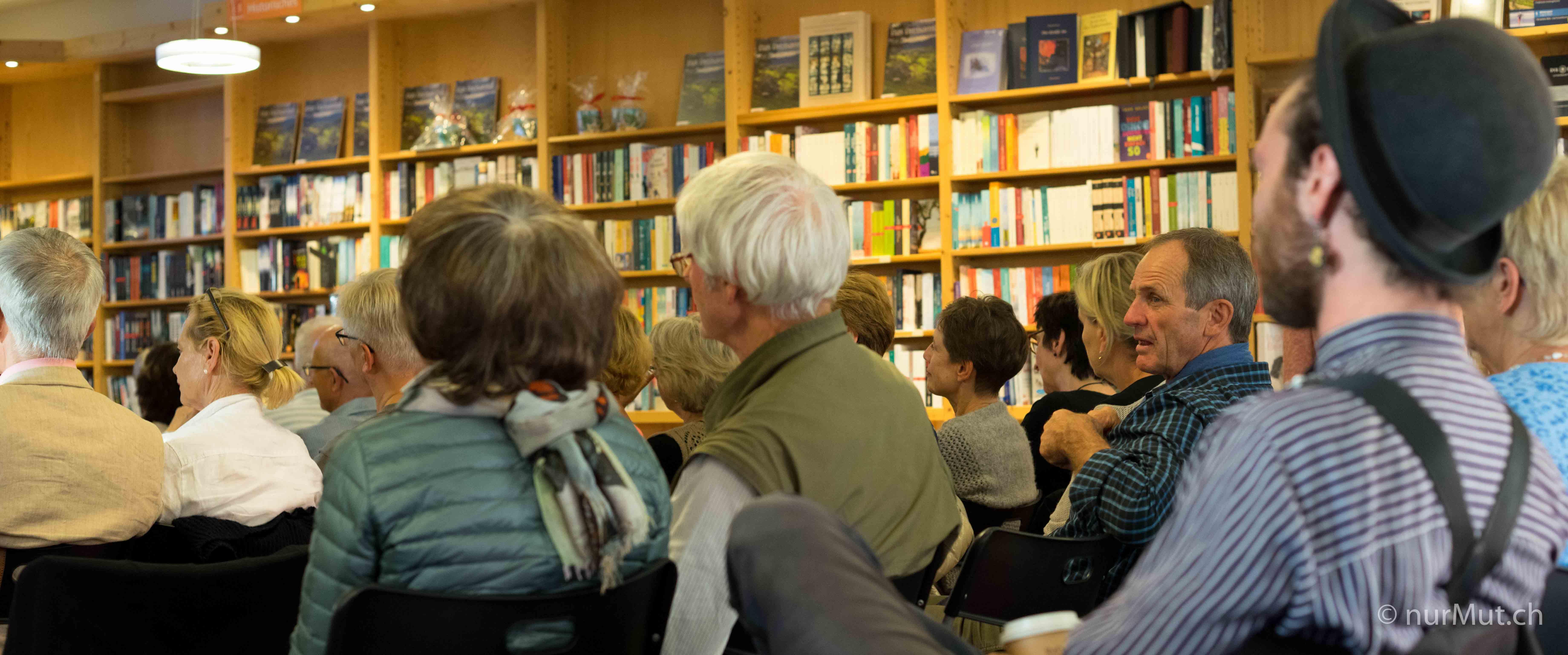 Lesung einmal anders-Kirchzartener Bücherstube