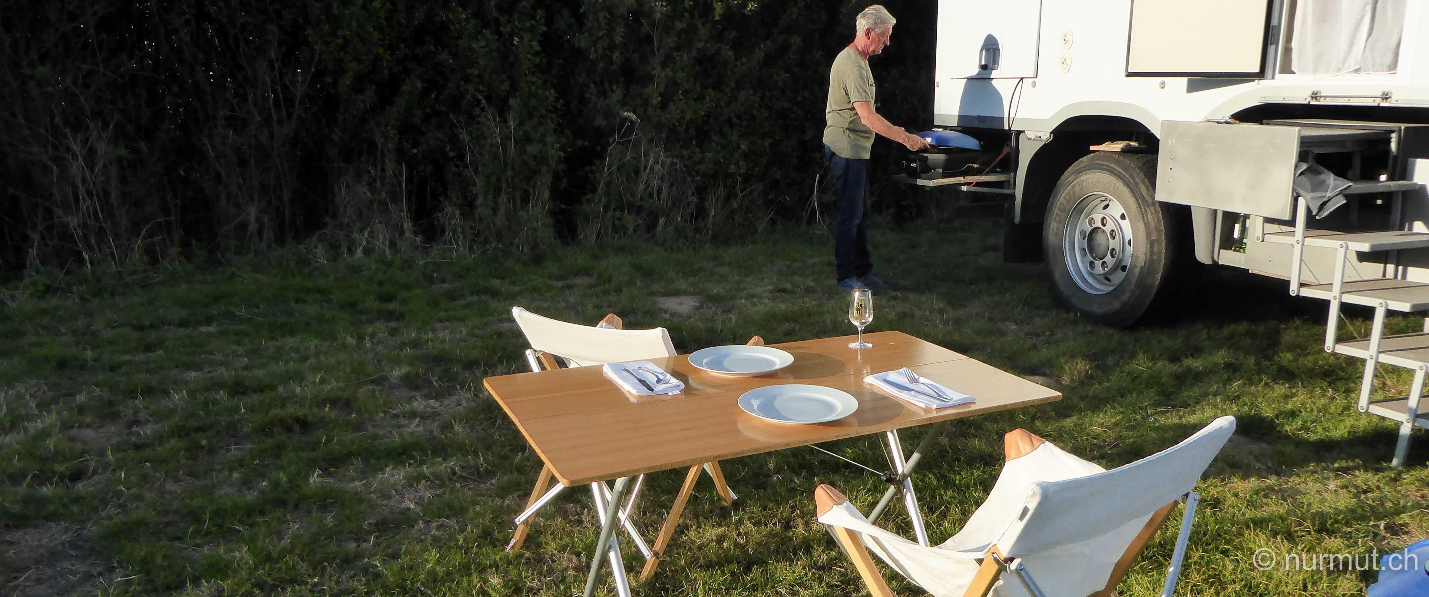 norden frankreichs-nordfrankreich-wohnmobil-wandern mit hund-normandie-expeditionsmobil