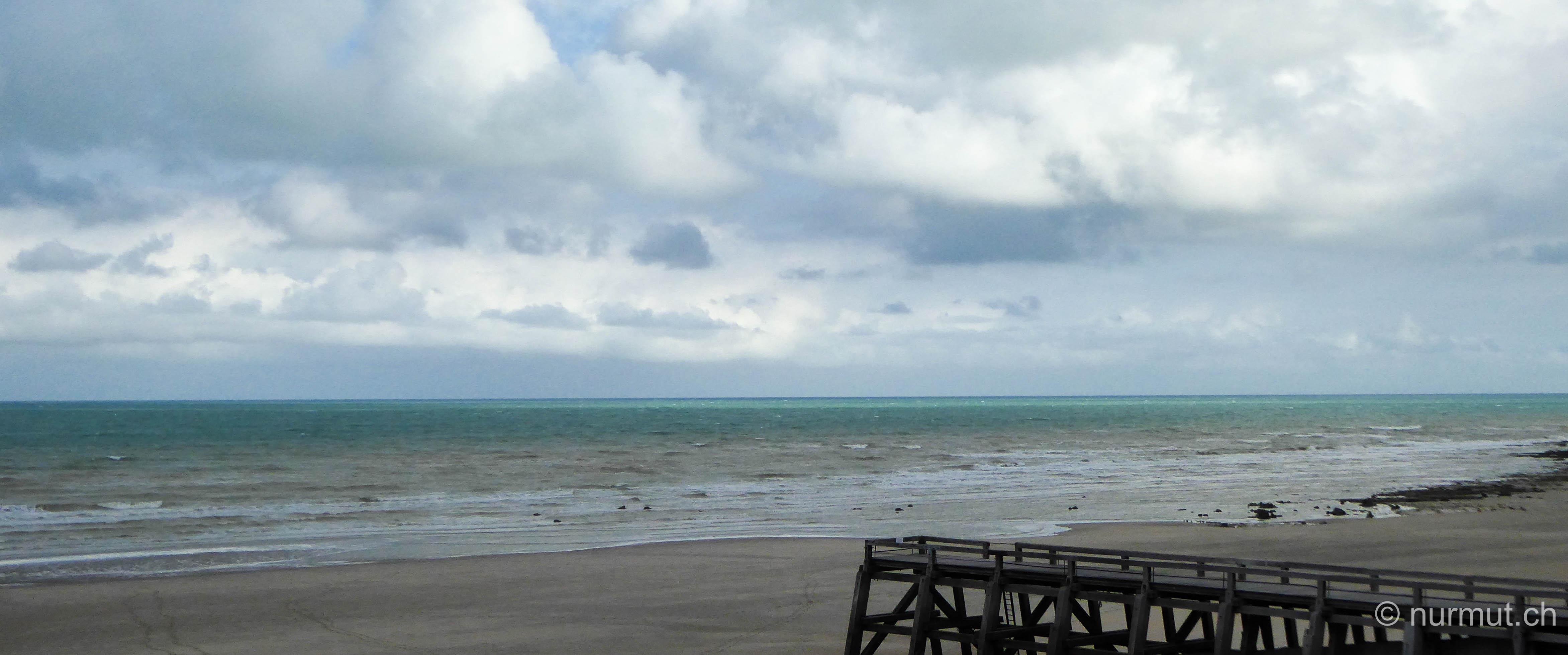norden frankreichs-nordfrankreich-wohnmobil-wandern mit hund-normandie-veules-les-roses-strand