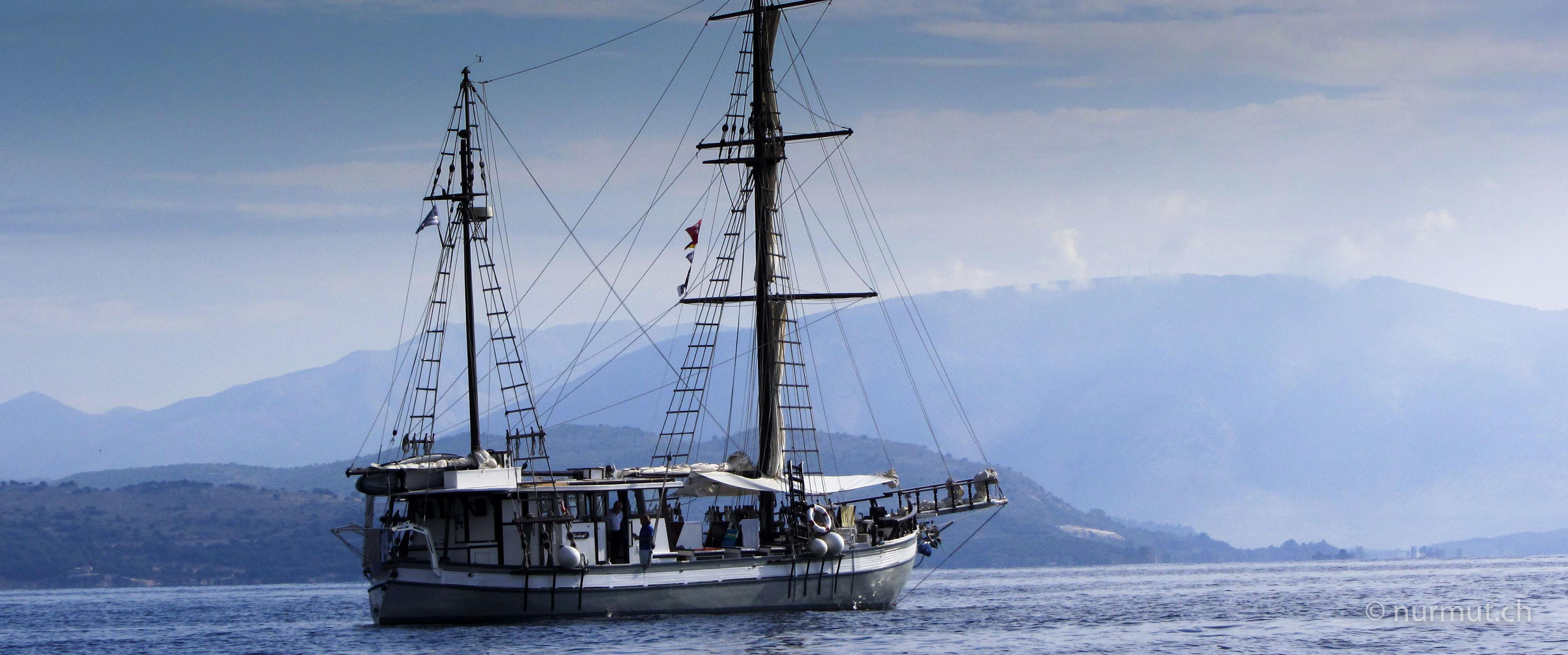 odyssee-mit-herrn-monet-segeln-wandern-mit-hund-in-griechenland-mit-reisemobilodyssee-mit-herrn-monet-segeln-wandern-mit-hund-in-griechenland-mit-reisemobil