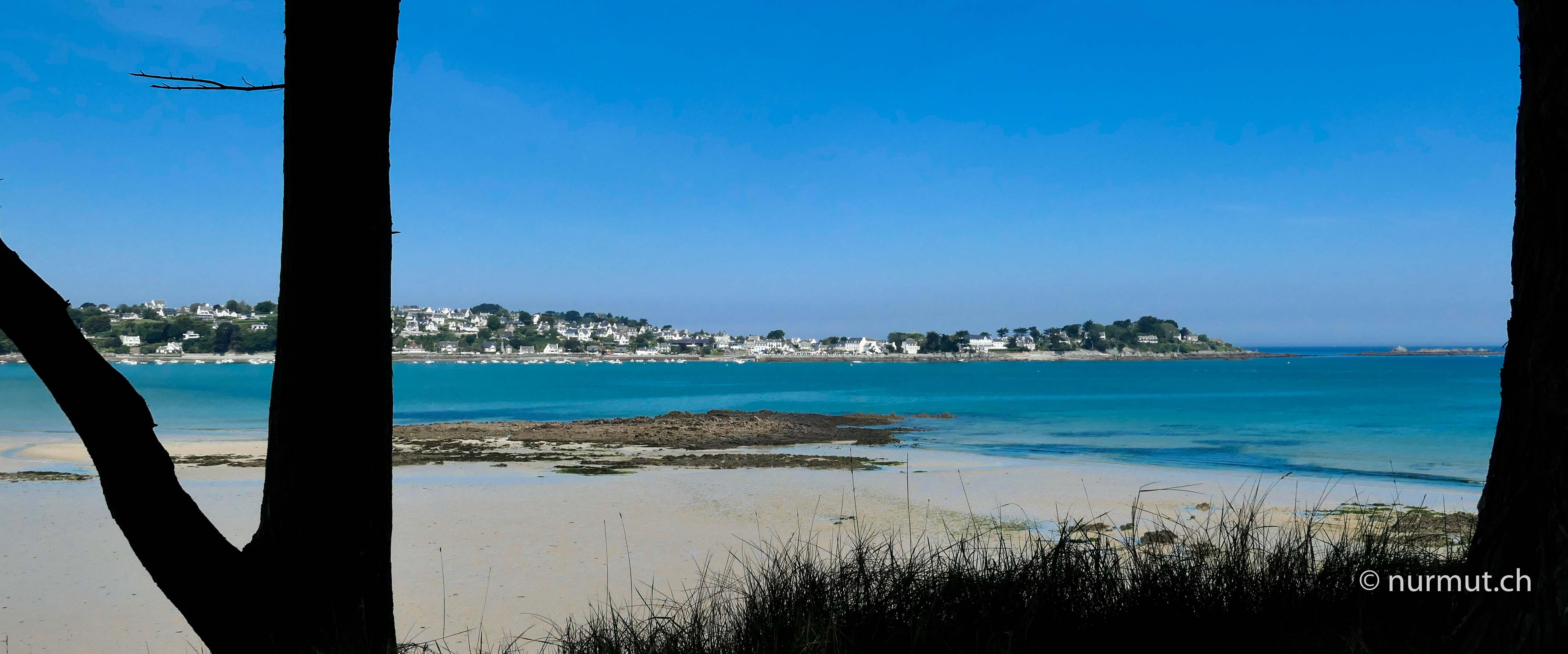 Bretagne-im-Winter-mit Wohnmobil-und-Hund-Küste